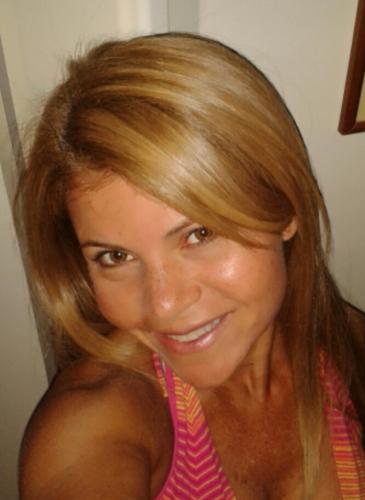 pareja busca mujer para maracaibo