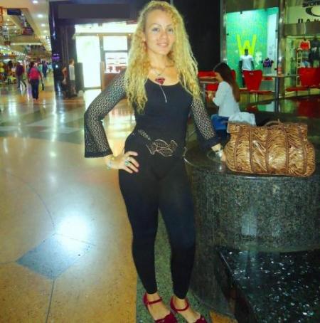 Mujer de Desamparados (Costa_Rica) busca pareja con Mujeres
