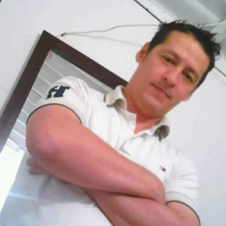 hombre joven busca mujer chat con mujeres solteras